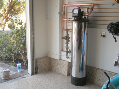 This custom installation in the Talega Community of San Clemente was specifically designed to be a solution by reducing or removing the chloramines.   When chloramines are effectively reduced or removed, the role this chemical plays in damaging the copper piping stops.